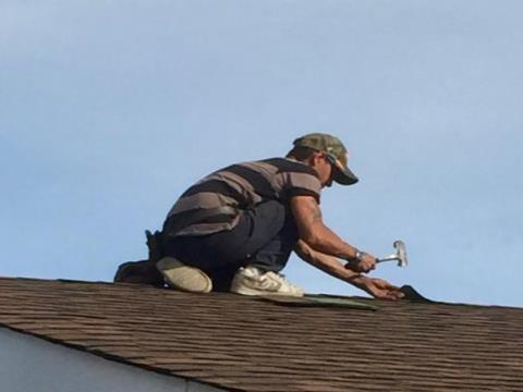 deWit & Sons Roofing